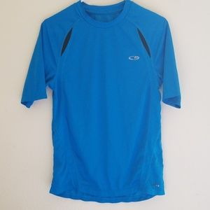 Champion mens size small duo dry shirt